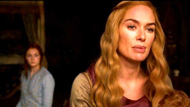 Cersei e Sansa em cenas da segunda temporada