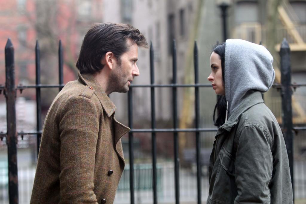 Homem Purpura e Jessica Jones em cena
